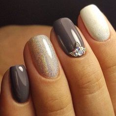Accurate nails, Beautiful nail colors, Evening nails, Exquisite nails, Fall nail ideas, Glossy nails, Gray nails, Nails with liquid stones