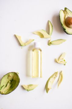 Avocado Oil | 11 Carrier Oils for Skin
