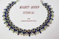Anleitung für Halskette Mighty Queen 17 Zoll mit super Duo Silber und Blau Perlen PDF Tutorial mit Fotos und Diagrammen