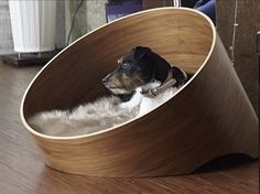 Fantastic dog bed by MiaCara!