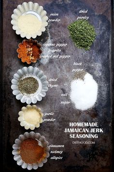 Homemade Jamaican Jerk Seasoning - A spicy, sweet, tangy and hot seasoning for chicken, pork and grilled meat. Homemade Spices, Homemade Seasonings, Seasoning Mixes, Chicken Seasoning, Seasoning For Fish, Creole Seasoning, Chutney, Jamaican Jerk Seasoning, Caribbean Jerk Seasoning Recipe