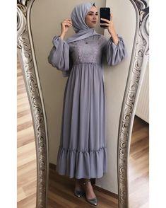 Abaya Fashion, Muslim Fashion, Modest Fashion, Fashion Dresses, Muslim Girls, Muslim Women, Simple Hijab, Most Beautiful Dresses, Korean Dress