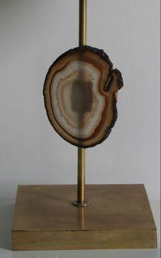 Lámpara sobremesa en latón con piedra ágatha de Brasil