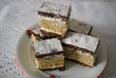 Prajitura Televizor Krispie Treats, Rice Krispies, Tiramisu, Cheesecake, Deserts, Food And Drink, Sweets, Cooking, Ethnic Recipes