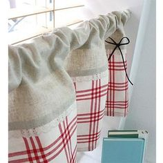 zakka-style linen curtains. Perfect for a mori girl's kitchen~
