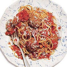 Bring the taste of Italy to your kitchen table with 20 of our favorite Italian weeknight dinner recipes. Don't forget the vino!