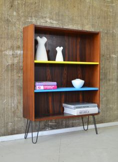 palisander highboard with colour pop