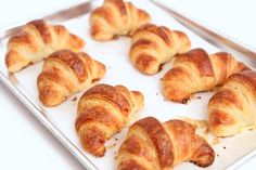 SHARING IS ( Croissants On Fire ) Want to make awesome croissant at home? Cuisine expert Laura Vitale unfolds her own easy-to-make recipes for home-made delicious croissants. Check this video below ( you'll love this croissant recipe ) SHARING IS Homemade Croissants, Chocolate Croissants, Crossant Recipes, The Kitchen Episodes, Bread Recipes, Cooking Recipes, Cooking Hacks, Cooking Gadgets, Yummy Recipes