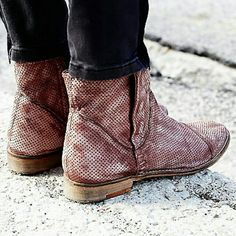 Free People leather SHADOW LARK ANKLE BOOT Perforated washed leather ankle boots with one side of snap closures and a full zip closure for easy on/off and versatile styling.    SIZE 37  BRAND NEW WITHOUT BOX Free People Shoes Ankle Boots & Booties