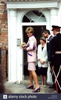 June 24 1992 Princess Diana visits Hull Branch of 'Relate' marriage Guidance Centre. Yorkshire. England