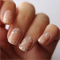 Nude & Glitter Wedding Nails for Brides / http://www.himisspuff.com/wedding-nail-art-desgins/10/