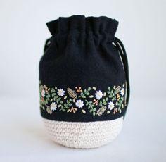 * . . #刺繍#手刺繍#ステッチ#手芸#embroidery#handembroidery#stitching#needlework#자수#broderie#bordado#вишивка#stickerei