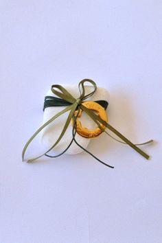 Lucky Charm, Handmade Jewellery, Geo, Christmas Crafts, Charms, Hair Accessories, Creative, Gifts, Beauty