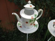 Strawberry Teacup Birdfeeder