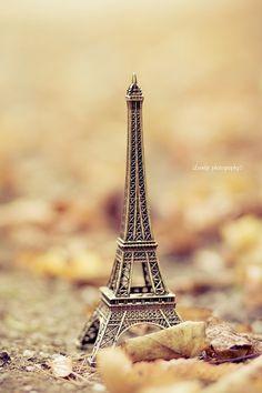 La Tour Eiffel On Pinterest Eiffel Towers Paris And