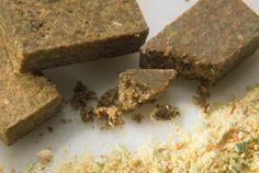 Dado vegetale vegan fatto in casa: la ricetta per riciclare gli avanzi | 100% green kitchen