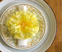 lillyella: Crafting: Tissue Paper Pom-Pom Flowers