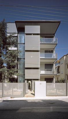 Galería de Extensión de Dos Pisos en Edificio Existente en Papagou / Nelly Marda…