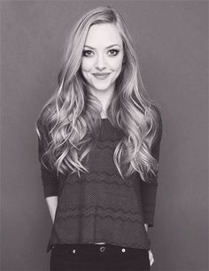 Amanda Seyfried (her hair is amazing!) Love the little curl in the hair