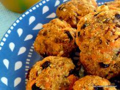 Τρουφάκια καρότου - Raw carrot bites Muffin, Veggies, Breakfast, Ethnic Recipes, Sisters, Food, Baby, Morning Coffee, Essen