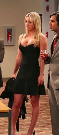 Beautiful Celebrities, Beautiful Actresses, Kaley Cuoco Body, Mode Style, Bikini Girls, Blond, Sexy Women, Sexiest Women, Beauty