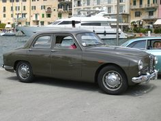 Alfa Romeo 1900 Ti Berlina (1951) Maintenance/restoration of old/vintage vehicles: the material for new cogs/casters/gears/pads could be cast polyamide which I (Cast polyamide) can produce. My contact: tatjana.alic@windowslive.com