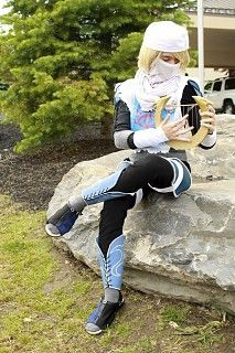 Sheik - Legend of Zelda cosplay by ilafatyu - Cosplay.com Legend Of Zelda Sheik, Legend Of Zelda Characters, Sheik Cosplay, Hyrule Warriors, Amazing Cosplay, More Pictures, Face Veil, Poses, Anime