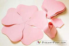 Exceptional diy flowers information are offered on our site. Have a look and you wont be sorry you did. Free Paper Flower Templates, Paper Flower Patterns, Paper Flower Tutorial, Templates Printable Free, Owl Templates, Applique Templates, Bow Tutorial, Felt Patterns, Applique Patterns