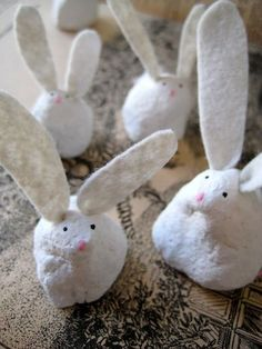 could be made using air dry clay (fimo?) for next easter .. easy kids craft idea
