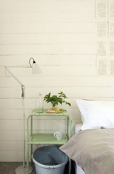 I'm looking for a bedside table, this one looks perfect.