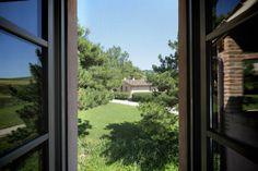 un'ombra sul prato di fronte la chiesa #style #architecture #italy #design #chic #interior #italy #room #green #landscape