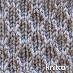 Wrong side of knitting stitch pattern – Slip Stitch 14 : www.knitca.com - Simple slip stitches in this pattern create a very interesting effect - knit texture looks a lot like burlap weave. This stitch pattern will add a nice rustic effect to any knit project. It will look especially good on a scarf or blanket.