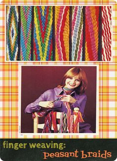 My mother had the book this image is from, when I was a kid. Finger Weaving, Weaving Yarn, Weaving Textiles, Weaving Patterns, Hand Weaving, Family Crafts, Baby Crafts, Tapestry Loom, Crochet Belt