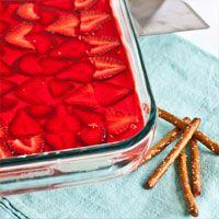 Strawberry Pretzel Salad | www.kishhealth.org