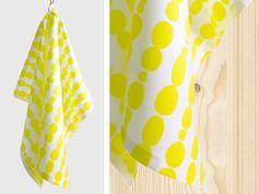 Küchenhandtuch in zitrone  Dieses Küchenhandtuch wirkt als Einzelstück, als Ergänzung zu deinen Textilien, am besten aber in Kombination mit den ...