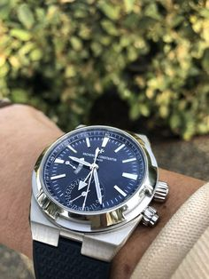 Vacheron Constantin Overseas blue dial - a beauty Napa Valley Wine, Vacheron Constantin, Wrist Watches, Omega Watch, Shark, Blue, Travel, Beauty, Voyage