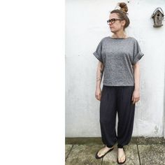 #mmmay16 day 5: shades of grey in comfiest trousers ever from #beginnersguidetodressmaking (cuffed version) in gorgeous drapey viscose jersey and top made from my #fulwooddress pattern in grey marl cotton jersey.