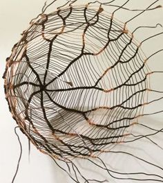 Sally Blake, Sprouting, patinated copper wire, 23 x 14 x 14 cm. This exhib. - crafty stuff - Welcome Willow Weaving, Basket Weaving, Weaving Art, Wire Weaving, Contemporary Baskets, Copper Wire Art, Organic Art, Arte Floral, Wire Crafts