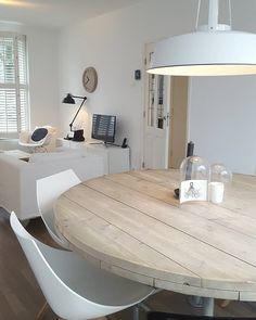 Home Living Room, Interior, Dining Room Interiors, House Styles, Home Deco, Scandinavian Interior Design, Home Interior Design, Dinning Room Design, Home And Living