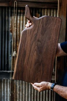 Handmade Black Walnut Wood Cutting Board by Linwood Beginner Woodworking Projects, Popular Woodworking, Diy Woodworking, Woodworking Classes, Diy Cutting Board, Wood Cutting Boards, Small Wood Projects, Walnut Wood, Wood Crafts