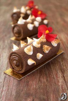 Cilindros de sablée de cacao rellenos de ganache de chocolate y lima - Pecados de Reposteria