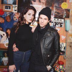 Jesse Rutherford and Lana Del Rey instagr.am/colalizzy Jesse Rutherford, Arctic Monkeys, Indie Music, My Music, Pretty People, Beautiful People, Elizabeth Woolridge Grant, Elizabeth Grant, Queen Elizabeth