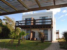 Alquilá en una de las zonas más lindas de La Paloma, en Playa Anaconda.  #LaPaloma #Alquiler #CasasenelEste #Uruguay