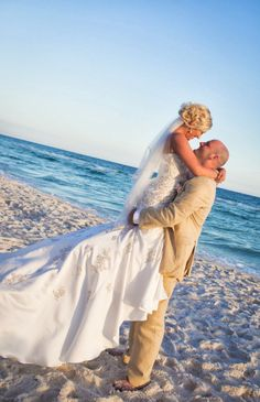 destin romantic beach wedding by princess wedding co