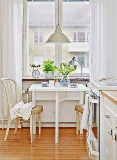 Jurnal de design interior - Amenajări interioare : Amenajare diafană într-un apartament de 52 m²