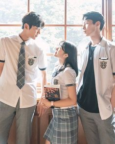 So finally we are in A new decade just started fantastic dramas that 2019 .let's Rewind K Dramas and relive those nostalgias once again. Drama Film, Drama Movies, Drama Korea, Korean Drama, Wattpad Book Covers, Watch Drama, Drama Fever, Kdrama Actors, Kpop