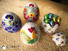 Handmade Easter Eggs! Easy to store candies,  chocolate pralines and so on!   #handmade #artigianato