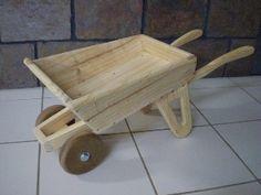Wooden_toy_wheelbarrow