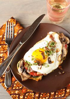 Fried Egg and Mushroom Sandwich ~ http://www.garnishwithlemon.com