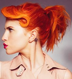 love her!!! and her hair:) -Hayley Williams